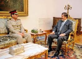 الرئيس مرسي والفريق السيسي