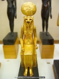 تمثال ذهبي مزور