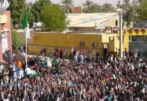 الجزائريون يشاركون في مليونية الكرامة