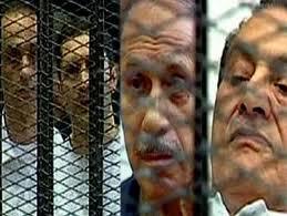 إعادة محاكمة مبارك ونجليه والعادلي ومساعديه