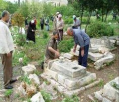 العدو الاسرائيلي يقرر اقامة حديقة للكلاب على انقاض مقبرة بالقدس تضم قبور صحابة