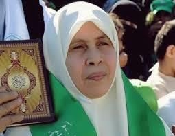 أم نضال . . خنساء فلسطين .. امرأة بأمة ومجد تتوارثه الأجيال