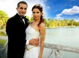 هالة دياب العارية زوجة باسم يوسف تهاجم الإسلام وتدعم بشار