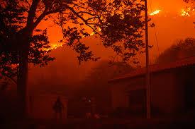 الحرائق تستعر في لوس انجلوس