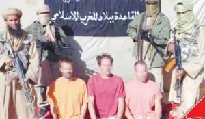 القاعدة تعرض التفاوض بشأن الرهائن الفرنسيين