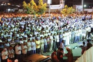 ميدان رابعة العدوية يقيم الليل .. وميدان التحرير يتحرش بالنساء