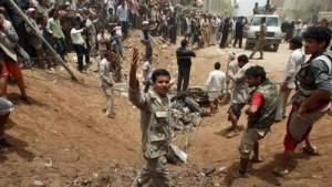 الاشتباكات أمام مبنى جهاز الأمن القومي وسط صنعاء