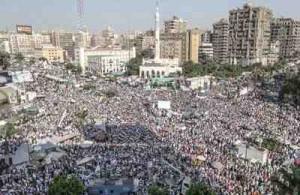 جموع المعتصمين في ميدان رابعة العدوية