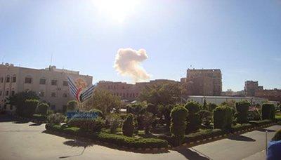 انفجار في وزارة الدفاع اليمنية