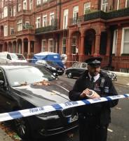 البوليس يغلق الشارع الذي انهارت فيه البلكونة