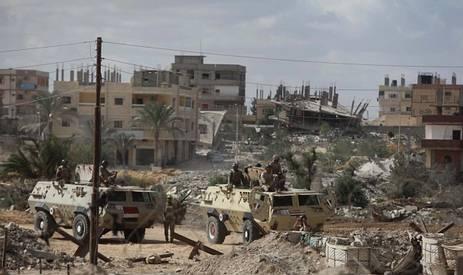الاحتلال يشارك جيش السيسي تدمير سيناء