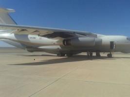 الطائرة الاماراتية التي يحتجزها ثوار ليبيا