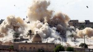 طائرات الجيش تقصف المدنيين بسيناء