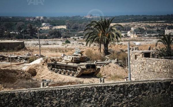 """بترايوس: إغراق مصر لحدود غزة """"رائع للغاية"""""""