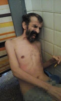 زكريا بوغرارة في زنزانته