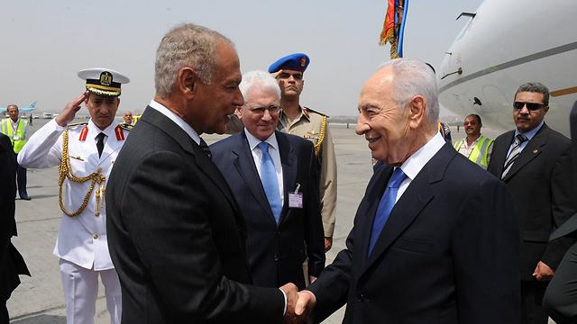 ad296ea58 صديق اسرائيل وعدو ثورة يناير والمقاومة