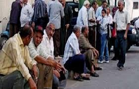 عمال مصر على الرصيف في عيدهم