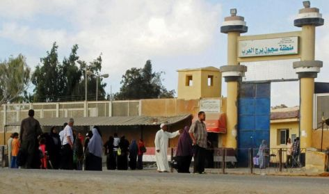 الاعتداء على الطلاب المعتقلين وقطع الكهرباء عن السجناء السياسيين