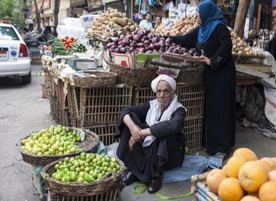 الركود يضرب أسواق مصر بعد تعويم الجنيه