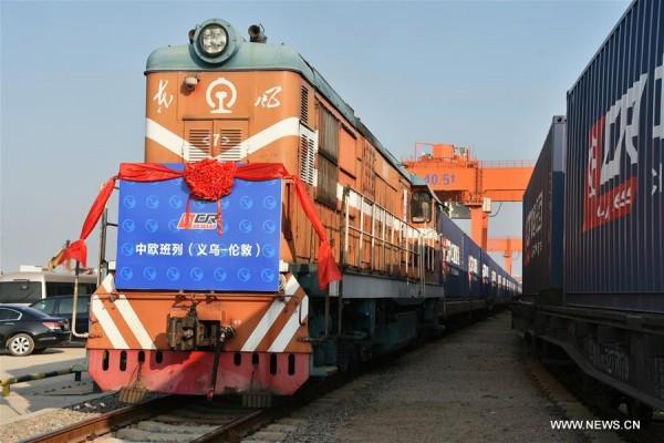قطار الصين دهس أوهام السيسي بفنكوش القناة