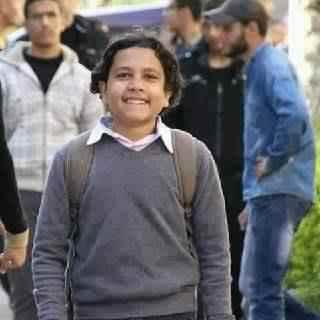 صهيب عماد اعتقلوه طفلا وأفرجوا عنه عاجزا