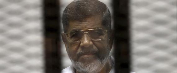 مرسي يرفض صحة إجراءات محاكمته بقضية التخابر مع قطر