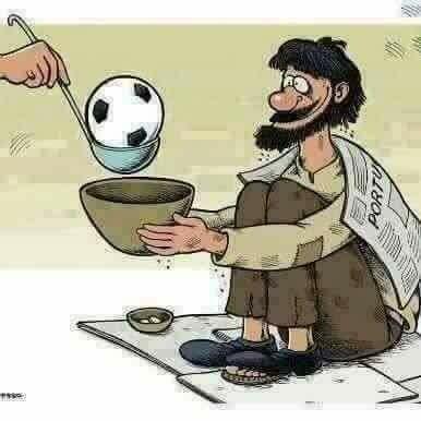 """المصريون بين """"كأس العالم"""" وعذاب الانقلاب"""