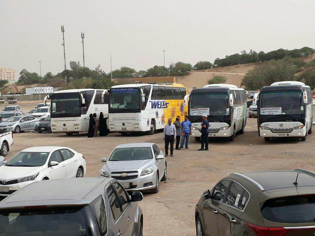 465fab93e وزارة الهجرة في حكومة الانقلاب توفر باصات لنقل الناخبين في السعودية
