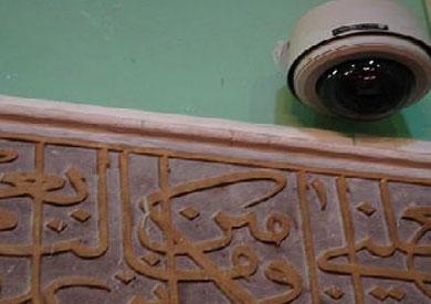 المسجد مراقب لما تفكر تخطف ركعتين في زمن السيسي