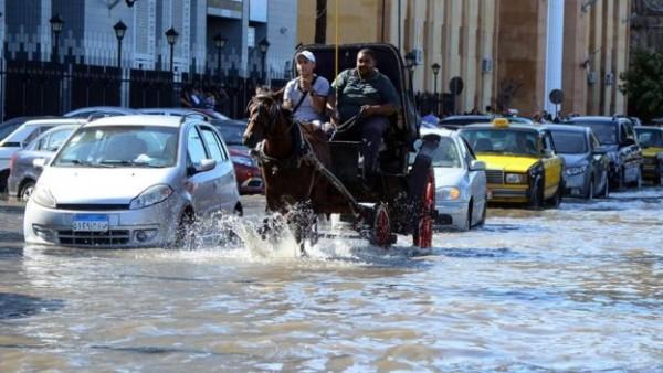 مشروعات البنية التحتية في مصر وهمية