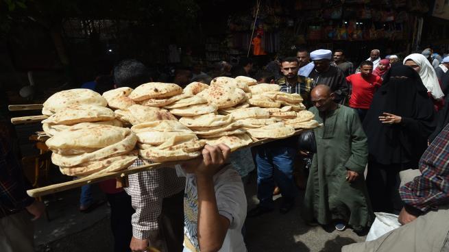 صدمة جديدة للشعب إلغاء الدعم العيني على منظومة الخبز يناير القادم