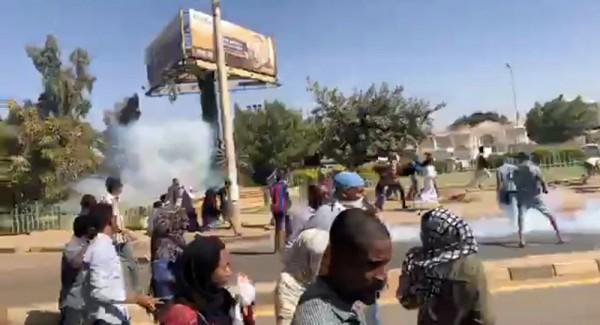 تصاعد الاحتجاجات بالسودان
