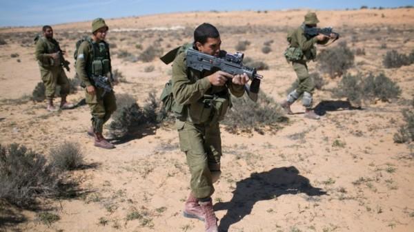 اسرائيل تعترف بتجنيد عملاء في سيناء