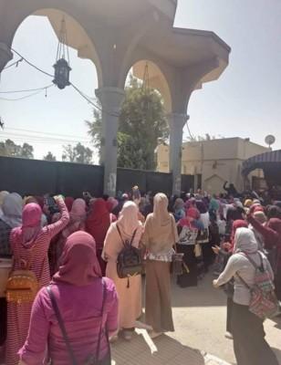 """مظاهرة بـ""""أزهر أسيوط"""" احتجاجاً على خطف ومقتل طالبة"""