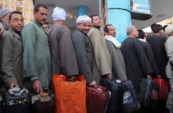 صندوق النقد: السيسي تعهد بإلغاء دعم الوقود نهائيًّا يونيو المقبل