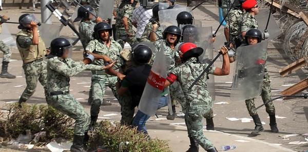من دولة الشرطة إلى دولة الجيش
