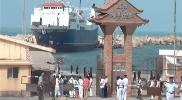 """قرار السيسي حول """"ميناء العريش"""" خراب بيوتٍ لأهالي المنطقة"""