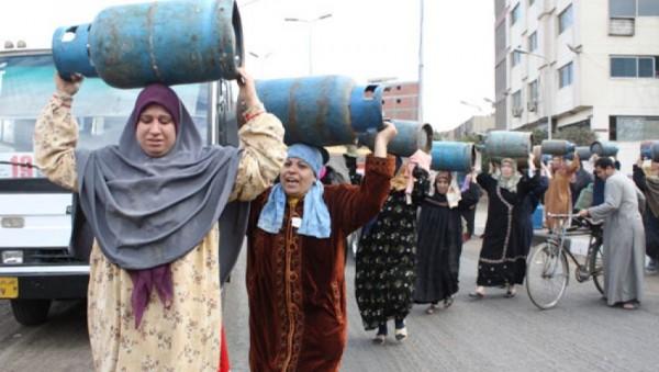 الفقر في مصر هو الأسرع نمواً في الشرق الأوسط بسبب السيسي