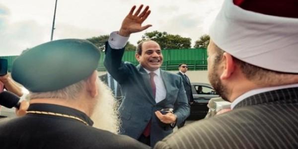 السيسي بعد وصوله من أمريكا في مطار القاهرة
