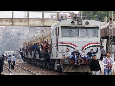 20 مليونًا شهريًّا لعواجيز الجيش بالسكة الحديد.. وتذكرة قطار بـ70 جنيها تقتل شابًا وتبتر قدم صديقه
