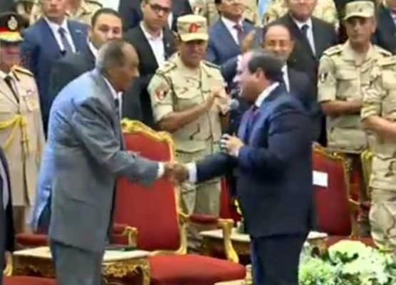 """طنطاوي """"عرَّاب السيسي"""" استغل يناير وانقلب على مبارك وسرق وديعة حرب الكويت"""