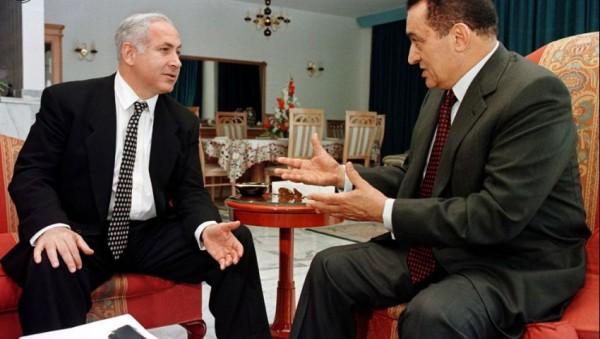"""""""كنز إسرائيل الاستراتيجي"""" نتنياهو ينعي مبارك ويذكر محاسن التطبيع"""