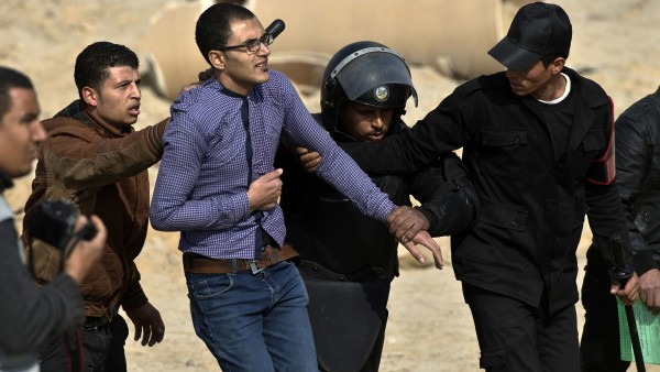 اعتقالات وإخفاء قسري