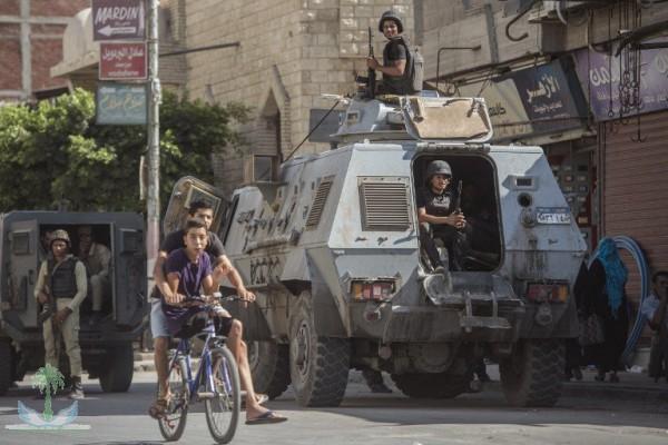 """""""المدنيين"""" رقيق للعسكر السيسي منح الضبطية القضائية للجيش لمزيد من القمع والإعدام"""