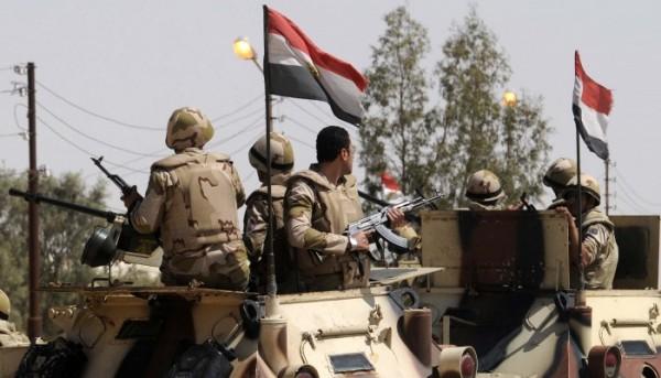 انسحاب سرِية مخابرات حربية مصرية من سرت إلى بنغازي الليبية