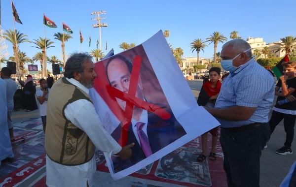 الليبيون يقاضون الداعمين للتدخل العسكري المصري في مقدمتهم السيسي