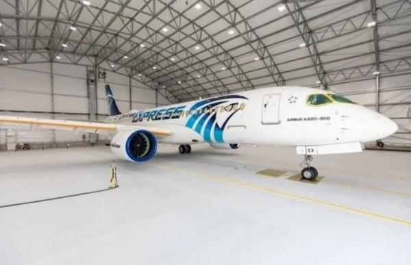 """طاقم مصر للطيران يصيب 70 عاملا بشركة """"إيرباص"""" في كندا بكورونا"""
