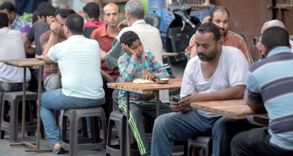 جمهورية السيسى خامس دولة بائسة بالعالم وارتفاع نسب البطالة والعنوسة