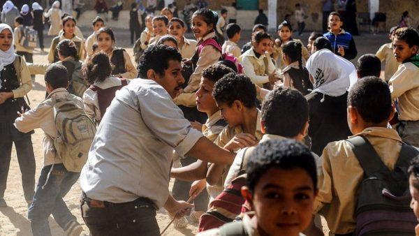 المدارس بدون إجراءات وقائية والتلاميذ بمرمى كورونا (صورة أرشيفية)