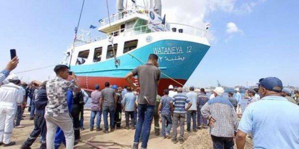 """""""عسكرة السمك"""" الجيش يحتكر الصيد بأسطول """"وطنية"""" على حساب الصيادين"""